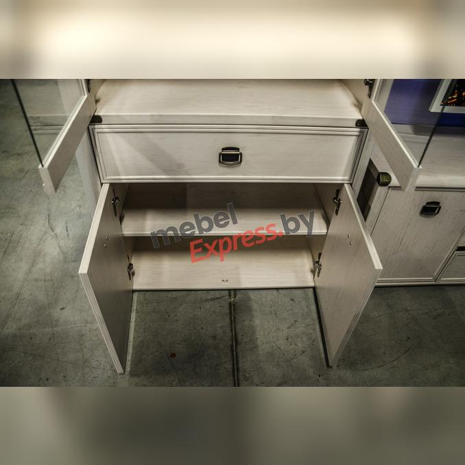 Шкаф с витриной «Магеллан» 2V2D1S с ящиком