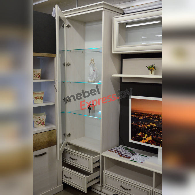 Шкаф «Тиффани» с витриной 1V2S - белый